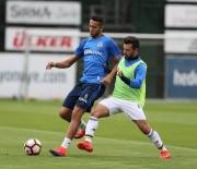 FUTBOL TAKIMI - Fenerbahçe, Alanyaspor Maçı Hazırlıklarını Sürdürdü