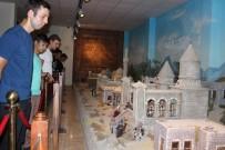 SOMUNCU BABA - Gençlik Merkezi Üyesi 160 Genç Aksaray'ı Gezdi