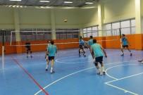 VOLEYBOL TAKIMI - Haliliye Voleybol Takımı Birinci Lige Hazırlanıyor