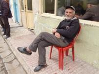 ALI ÖZTÜRK - Kaçak İçki İçtiği İleri Sürülen Kişi Evinde Ölü Bulundu