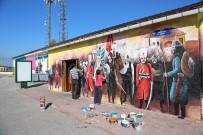 KULLAR - Kültür Merkezine Üç Boyutlu Resimler İşleniyor