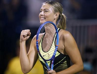 Sharapova aylar sonra korta çıktı