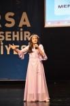 ANNELER VE KıZLARı - Suriyeli Ve Bursalı Kız Çocukları Dünyaya Barış Ve Sevgi Mesajları Verdi