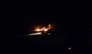 Teröristler Hakkari-Çukurca karayolunda 3 TIR'ı ateşe verdi