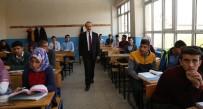 BOŞNAK - Vali Yavuz Tecrübelerini Öğrencilerle Paylaştı