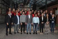 HÜSEYIN AKSOY - Eskişehir Hentbol Takımı Yemekte Buluştu
