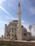ÜNİVERSİTE KAMPÜSÜ - Mardin'de Cami İnşaatları Sürüyor