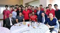 TAHA AKGÜL - Milli Güreşçiler İhlas Koleji'nde Öğrencilerle Buluştu