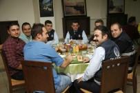 KAZıM KURT - Odunpazarı Zabıta Müdürlüğü Personelleri Yemekte Bir Araya Geldi