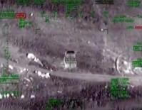 BOMBALI ARAÇ - Bomba Yüklü Araçlar Taarruz Helikopterle İmha Edildi