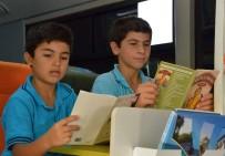 GEZİCİ KÜTÜPHANE - Gezici Kütüphane, Kitapları Çocuklara Ulaştırmaya Devam Ediyor