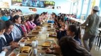 EĞİTİM KALİTESİ - Milli Eğitim Müdürü Edip Öğrencilerle Yemek Yedi