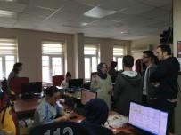 ÇALIŞMA SAATLERİ - Öğrenciler 112 Komuta Kontrol Merkezi'ni Ziyaret Etti
