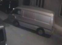 PARMAK İZİ - Saniyelik Araba Hırsızlığı Kamerada