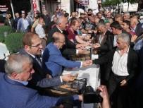 Trabzon'da Araklı Ve Of İlçelerinde Aşure Dağıtıldı
