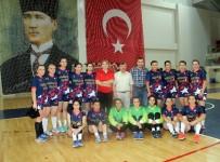 BEDEN EĞİTİMİ - Yalova Gençlik Hizmetleri Spor Kulübü 2. Lig'e Yükseldi
