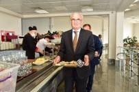 KURUPELIT - Başkan Yılmaz Yemeğini Öğrenci Kantininde Yedi