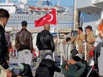 ALAÇATı - Çeşme'de 85 Sığınmacı Yakalandı