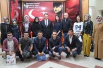 SÖZLEŞMELİ - Erzurum'a Ataması Yapılan Öğretmenler Çiçeklerle Karşılandı