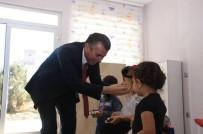 ALI SıRMALı - Hayırsever Zehra Baysal Tarafından Yapılan Okul Ziyaret Edildi