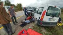 İSLAMOĞLU - Kastamonu'da İki Araç Çarpıştı Açıklaması 1 Ölü, 2 Yaralı