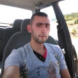 MOBESE - Kaza Sonrası Refüje Çıkan Otomobil Mobese Direğine Çarparak Durabildi Açıklaması 1 Ölü, 2 Yaralı