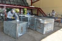 ÇÖP KONTEYNERİ - Konyaaltı Belediyesi Çöp Konteynerlerini Yeniliyor
