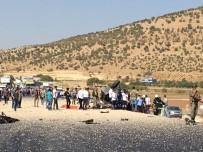 SÜRGÜCÜ - Mardin'de Askeri Aracın Geçişinde Patlama