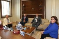 ADLIYE SARAYı - Rektör Kılıç'tan Baro Başkanı Necmi Öncül'e Ziyaret