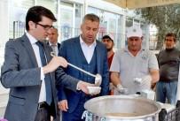 FIRAVUN - Sarıcakaya Belediyesi 3 Bin Kişilik Aşure Dağıttı