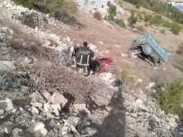MEHMET ŞEKER - Traktör Şarampole Yuvarlandı
