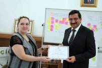 KADIN GİRİŞİMCİ - Lütfiye Çam, Kadın Girişimcilere Sertifikalarını Verdi