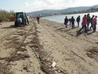 AHMET ACAR - Çardak Kum Adasında Kıyı Temizliği Yapıldı