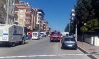 GAZIANTEP ÜNIVERSITESI - Gaziantep'te Canlı Bomba Kendini Patlattı