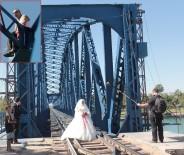 SEYHAN NEHRİ - İntihar Manzaralı Düğün Fotoğrafı