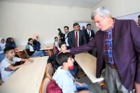 ŞÜKRÜ KARABACAK - Başkan Karaosmanoğlu, Suriyeli Öğrencilerle Buluştu