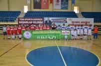 GÜREŞ - Bilecik Belediyesi Hentbol Yıldızlar Takımı 1'İnci Oldu