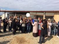 KOOPERATIF - Düzceli Depremzedeler Ve Gönüllüler Birlikte İnşaat İçin Buluştu