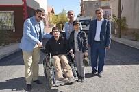 ENGELLİ GENÇ - Engelli Gençten Başkan Asya'ya Teşekkür