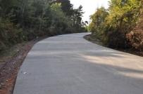 YOL ÇALIŞMASI - Kandıra'da Beton Yol İle Sahillere Ulaşım Kolaylaşacak