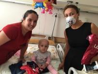 ZİHİNSEL ENGELLİ ÇOCUKLAR - Kanser Tedavisi Gören Miniklerin Yüzünü Güldüren Hediye