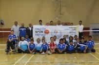 BEDENSEL ENGELLİ - Karaman'da Bedensel Engelli Sporcular Amatör Spor Haftasında Dostluk Maçı Yaptı