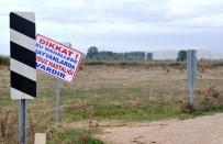 KARANTINA - O Köylerin Girişine 'Kuduz Var' Tabelası Asıldı