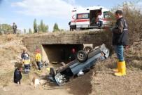 Otomobil Şarampole Devrildi Açıklaması 1 Ölü, 1 Yaralı