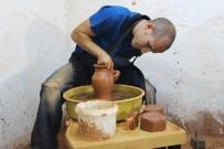 AFRİKALI - İzmir'e Yerleşen Amerikalı, Oğlunun Adını Levent Koydu