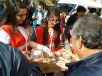 NAMIK KEMAL - Türk Kızılay'ı Çorlu'da Aşure Dağıttı