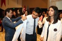 AKDENIZ ÜNIVERSITESI - AÜ'de 350 Öğrenci Beyaz Önlük Giydi