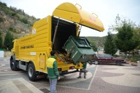 ÇÖP KONTEYNERİ - Bilecik'te Çöp Konteynerleri Yıkanarak Dezenfekte Ediliyor