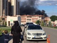 İTFAİYE ERİ - Bursa'daki Yangın Söndürüldü, İşyeri Sahibi Ve Bir İtfaiyeci Yaralandı