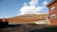 KAR YAĞıŞı - Erciyes'te Kar Yağışı